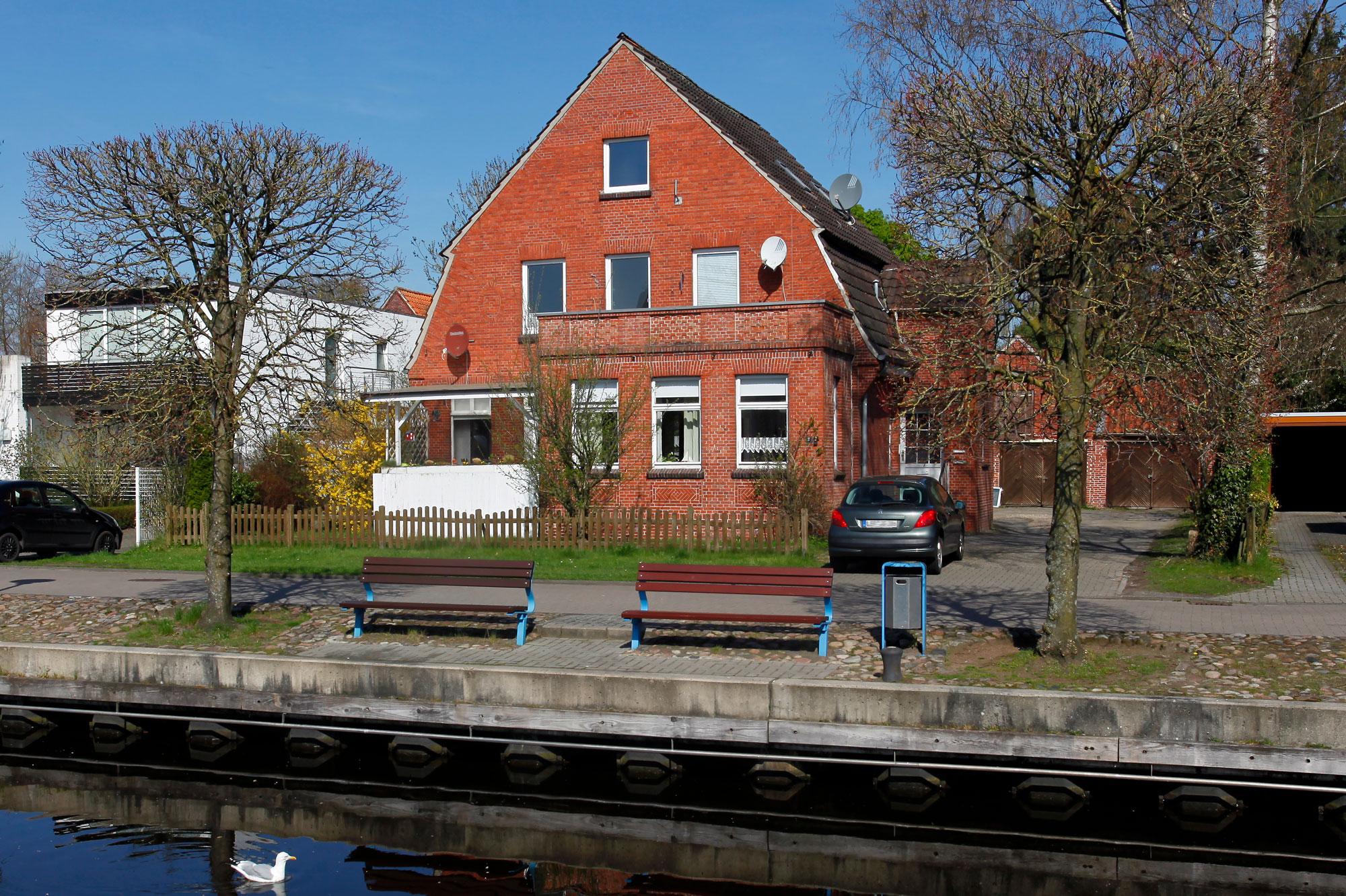 Das ehemalige Haus der Familie Samson befindet sich an der Straße Am Neuen Hafen
