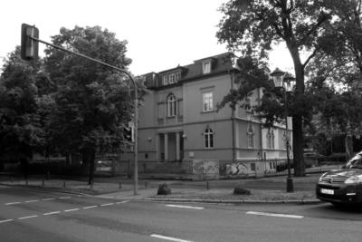 Villa der Fleischer-Alts in der Belvederer Allee 6