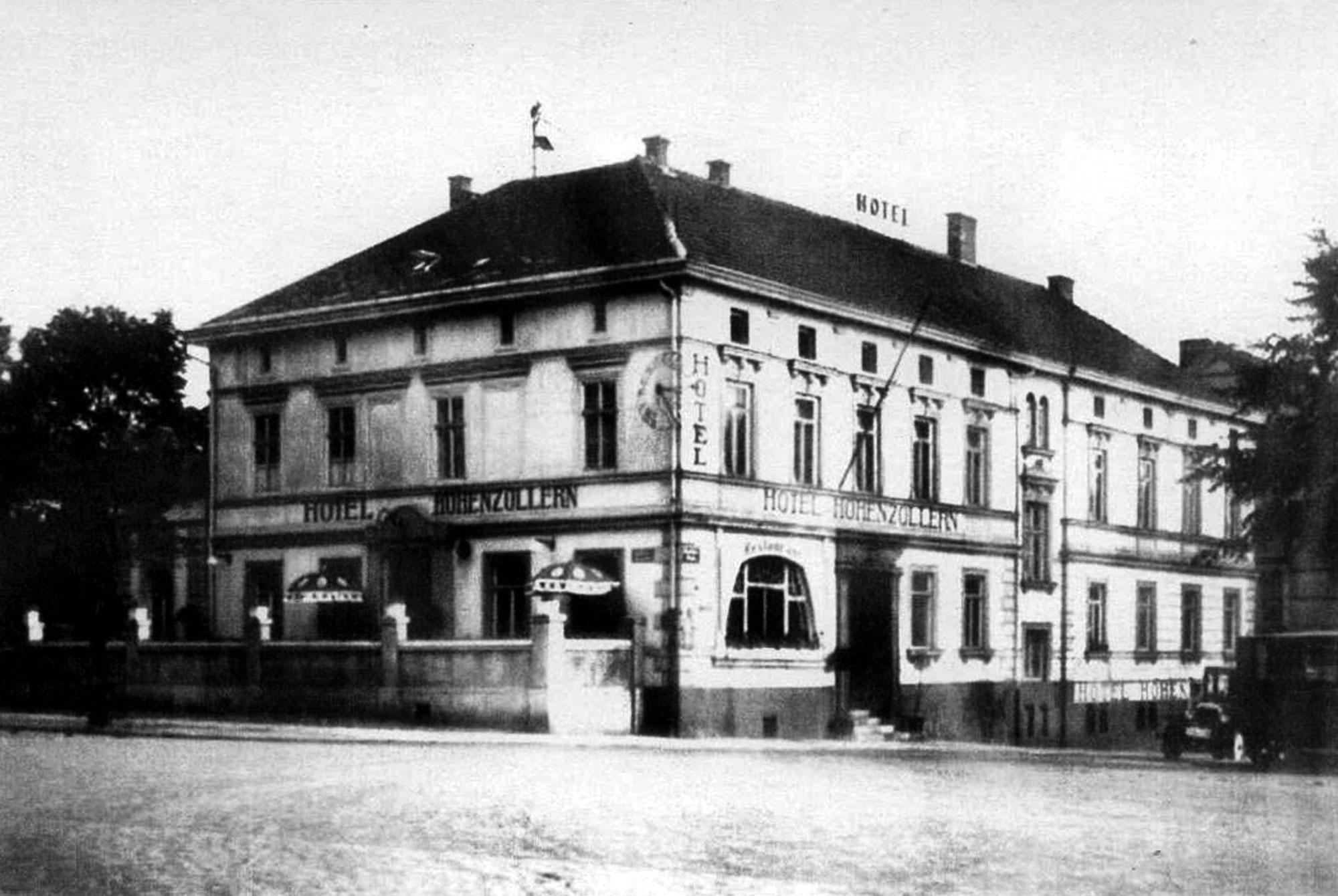 """Das """"Hotel Hohenzollern"""" von Rosa und Arthur Schmidt"""
